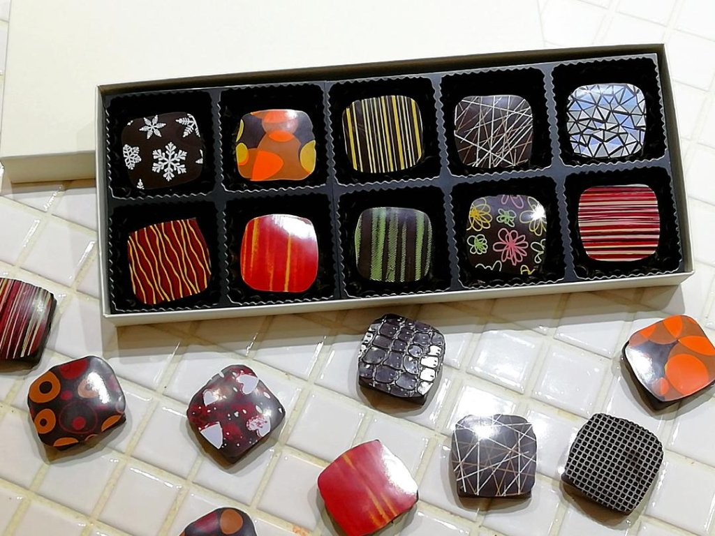 季節のショコラ・キャレ10個詰め合わせの画像