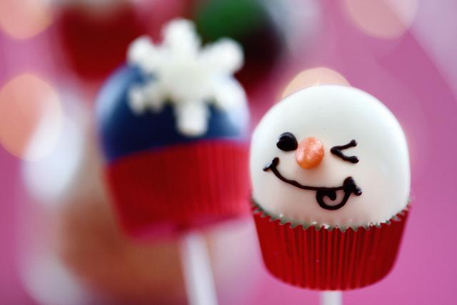 クリスマスケーキポップ 1個(各種) の画像