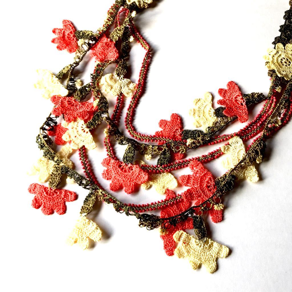 ネックレス 手編みフンダコレクションの画像