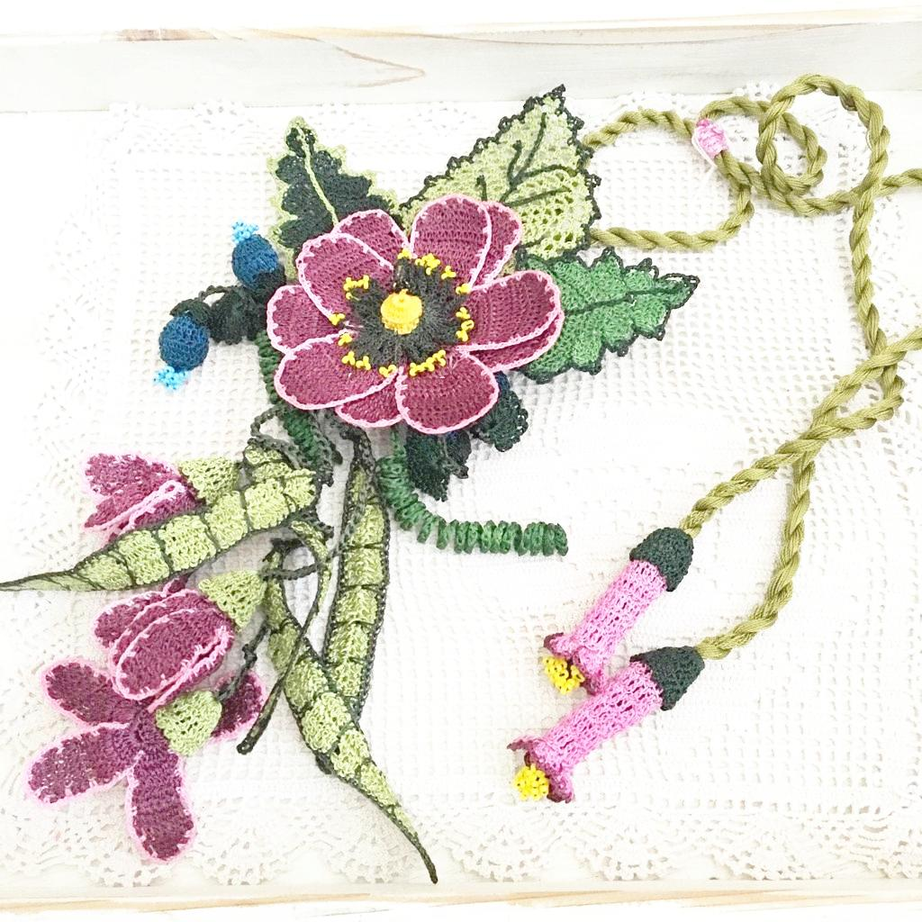 デザインネックレス 手編みフンダコレクションの画像