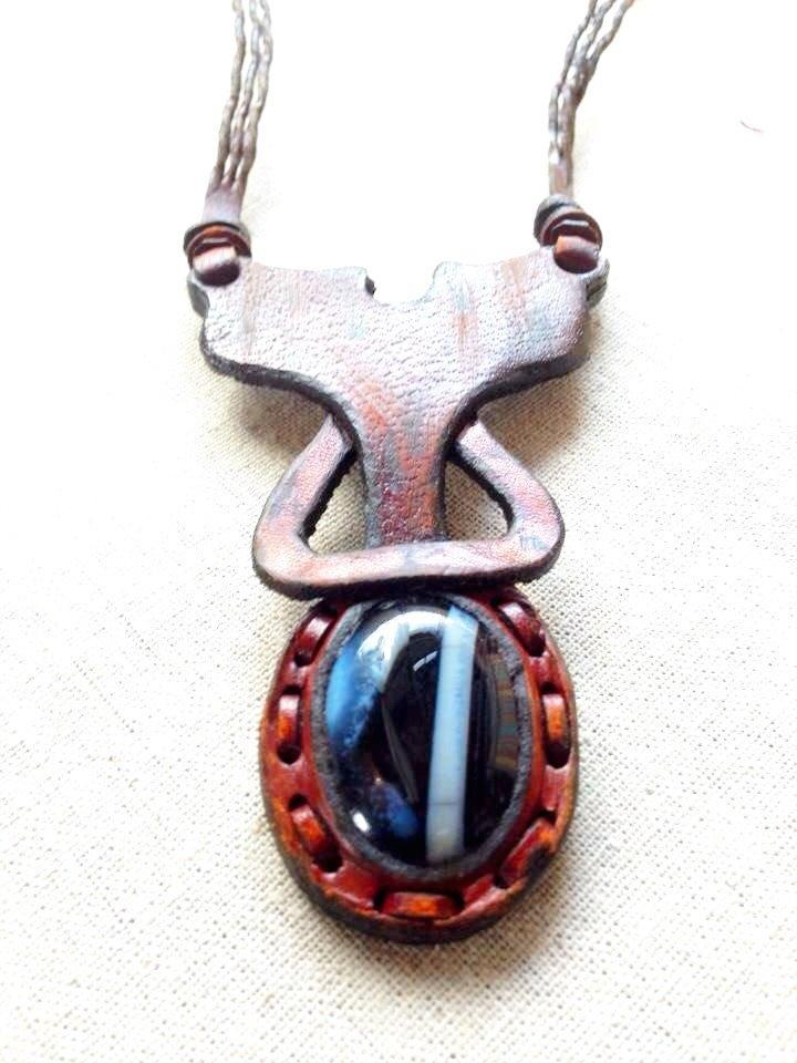 トルコ製革加工 天然石ネックレス画像