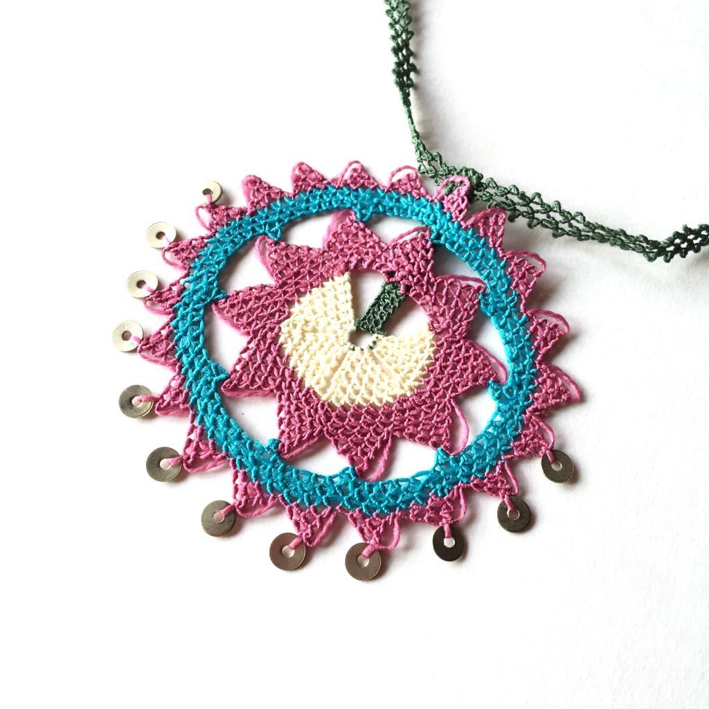 手編みイーネオヤネックレスの画像