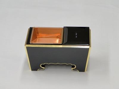木質(黒面金)角香炉 8寸の画像