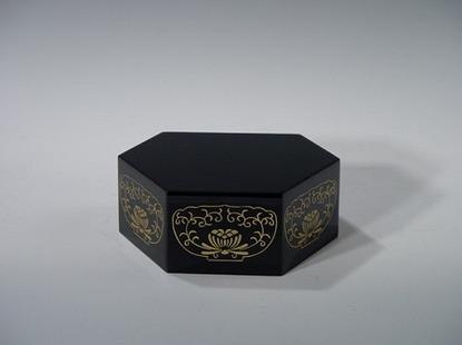 六角仏像台 黒 2号(木質木地)の画像