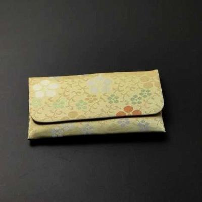 正絹古代裂数珠入れ(S印)天神唐草紋の画像