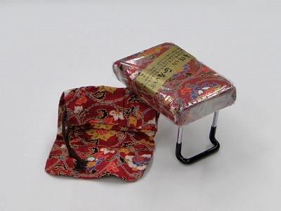らくらく椅子(小) [赤](袋付き) sの画像