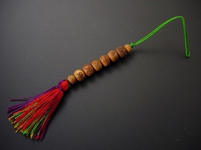 携帯ストラップ 白檀 御数珠ストラップ(緑紐)(阿弥陀) の画像