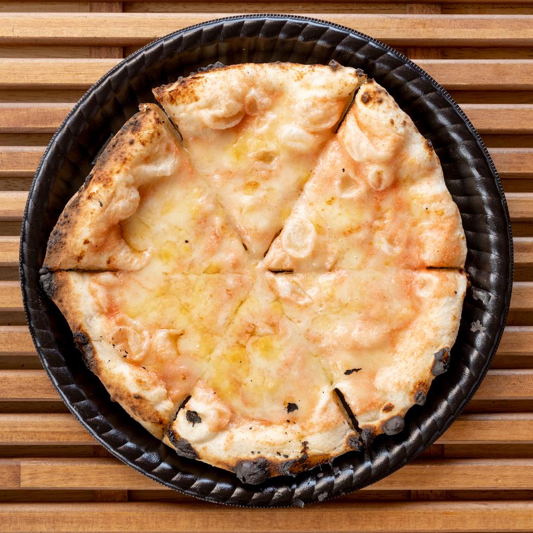 パン屋さんの長時間発酵ピザ 明太マヨチーズ画像