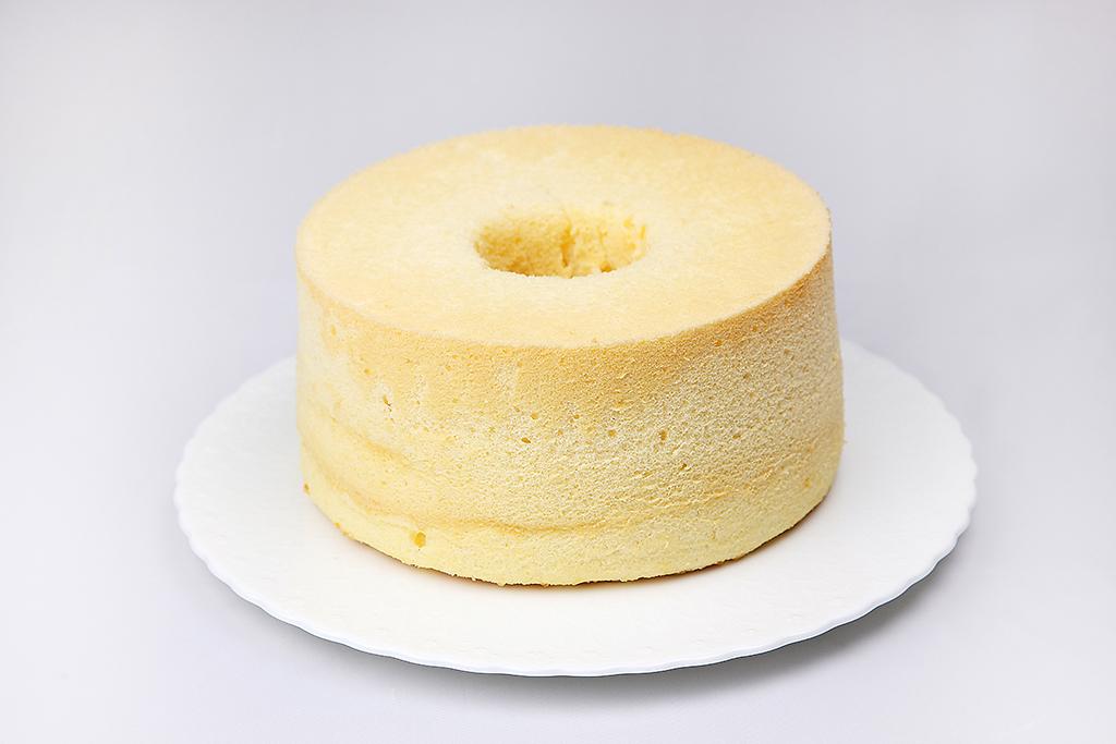 八ヶ岳卵のシフォンケーキ 17cmホール(通販限定)画像