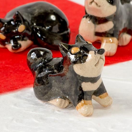 豆屋 箸置き(柴犬 黒 おすわり まっすぐ)の画像