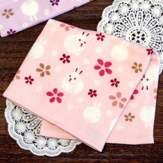 さいか ガーゼハンカチタオル(うさぎ花紋)ピンクの画像