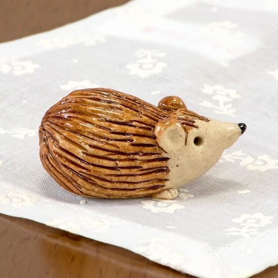 豆屋 箸置き(はりねずみ すわり 茶)の画像