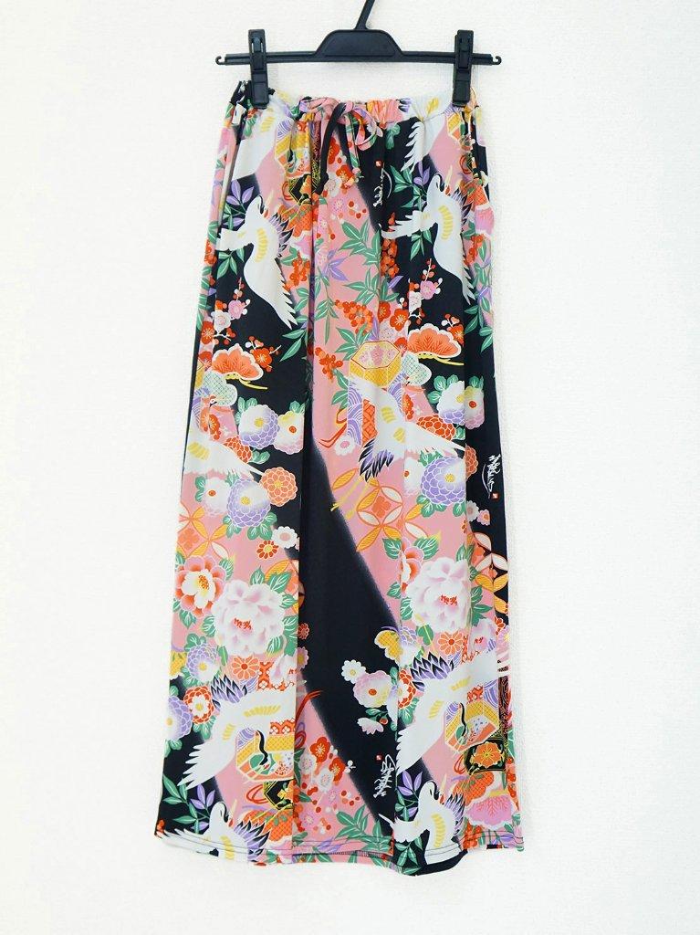 さらっとした肌ざわりで着心地バツグン!和柄のおしゃれスカート♪1-C(黒×ピンク)の画像