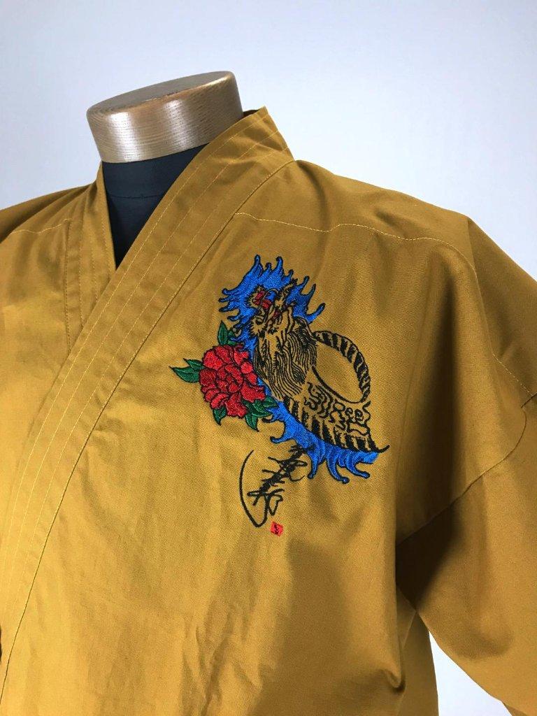作務衣 龍刺繍入り 金茶の画像