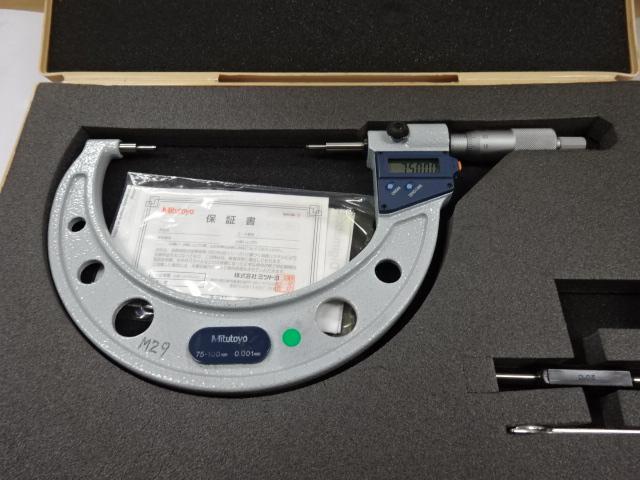 デジタルスプラインマイクロメータ画像