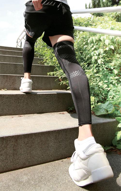 坂本トレーナーのぐんぐん歩けるサポーター画像