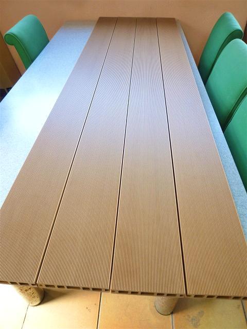 人工木ウッドデッキ材画像