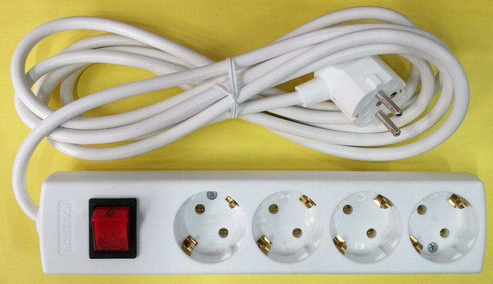 SEコンセントタップ海外用4連スイッチ付き画像