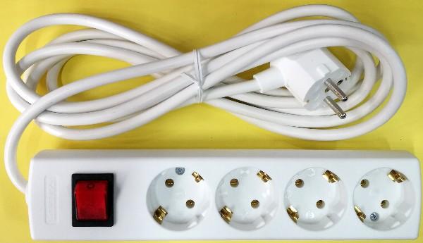SE4連電源タップ