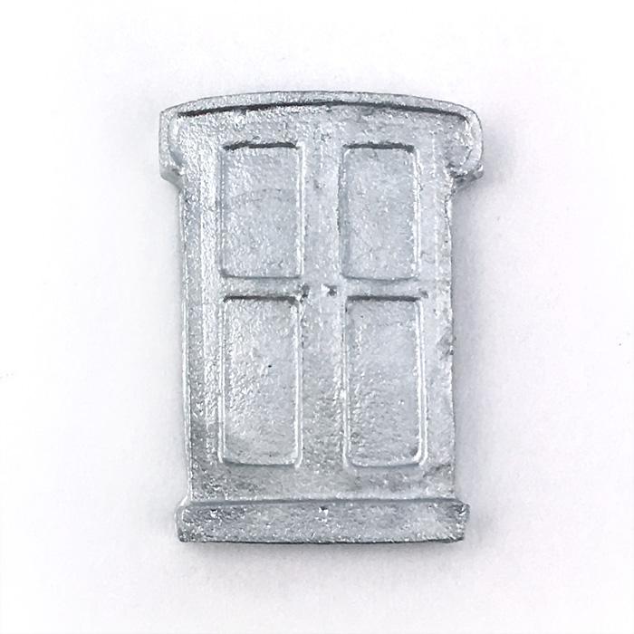 ドア 25×16mmの画像