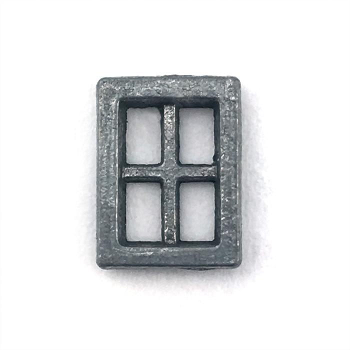 窓(4つ穴)6.5×8.8mmの画像