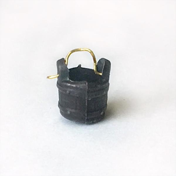 バケツ(金属製:1個)6mmの画像