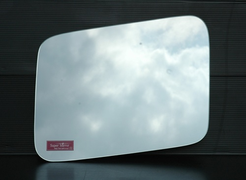 UDトラックス クオン ミラーセフティの画像