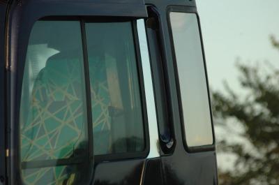 日野プロフィア ピラープレートの画像