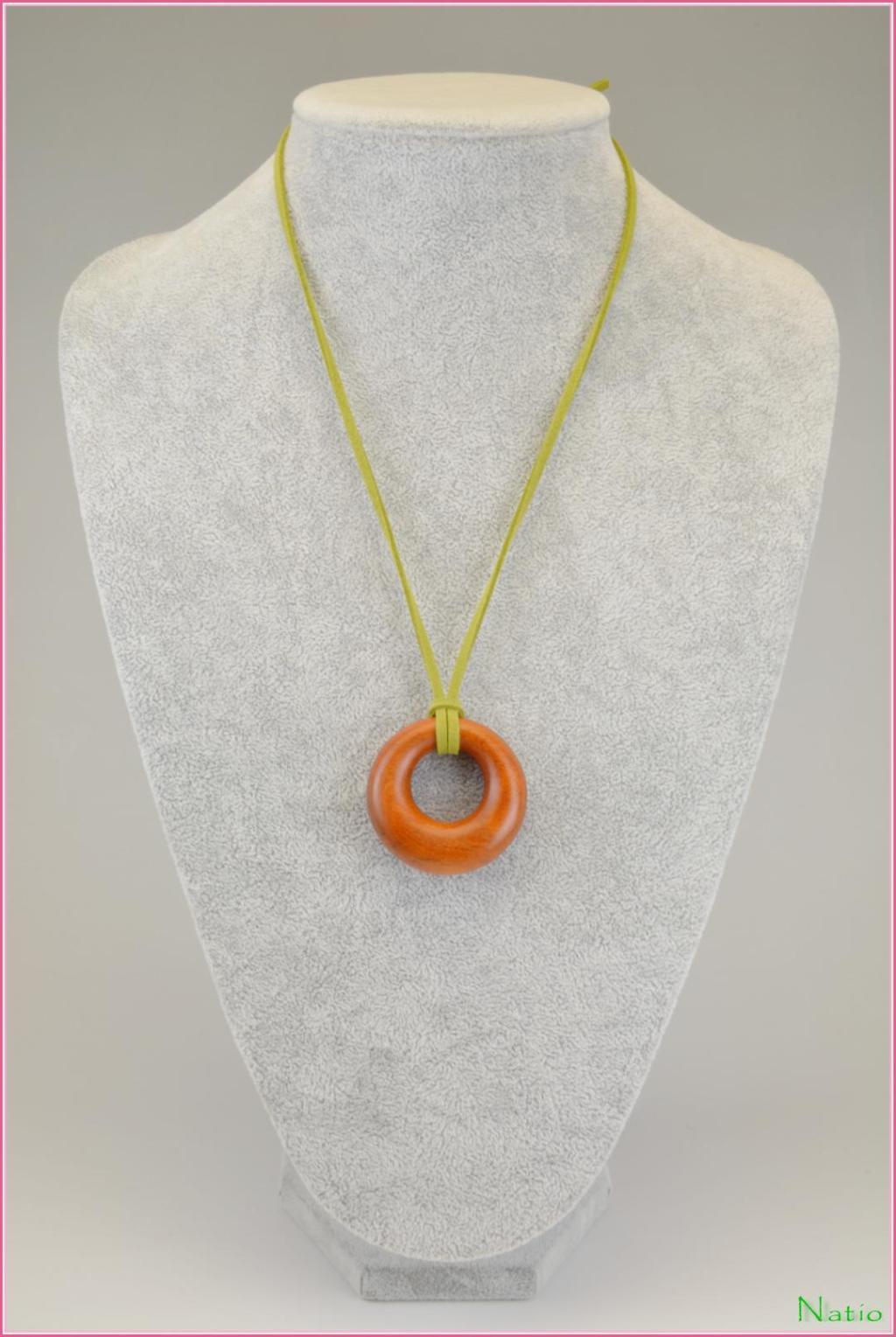 フェルナンプーコのリングネックレスの画像