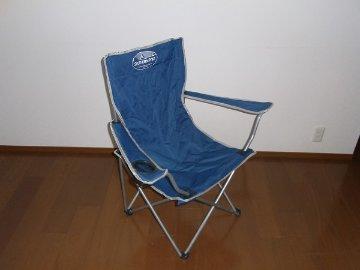 折りたたみ椅子の画像