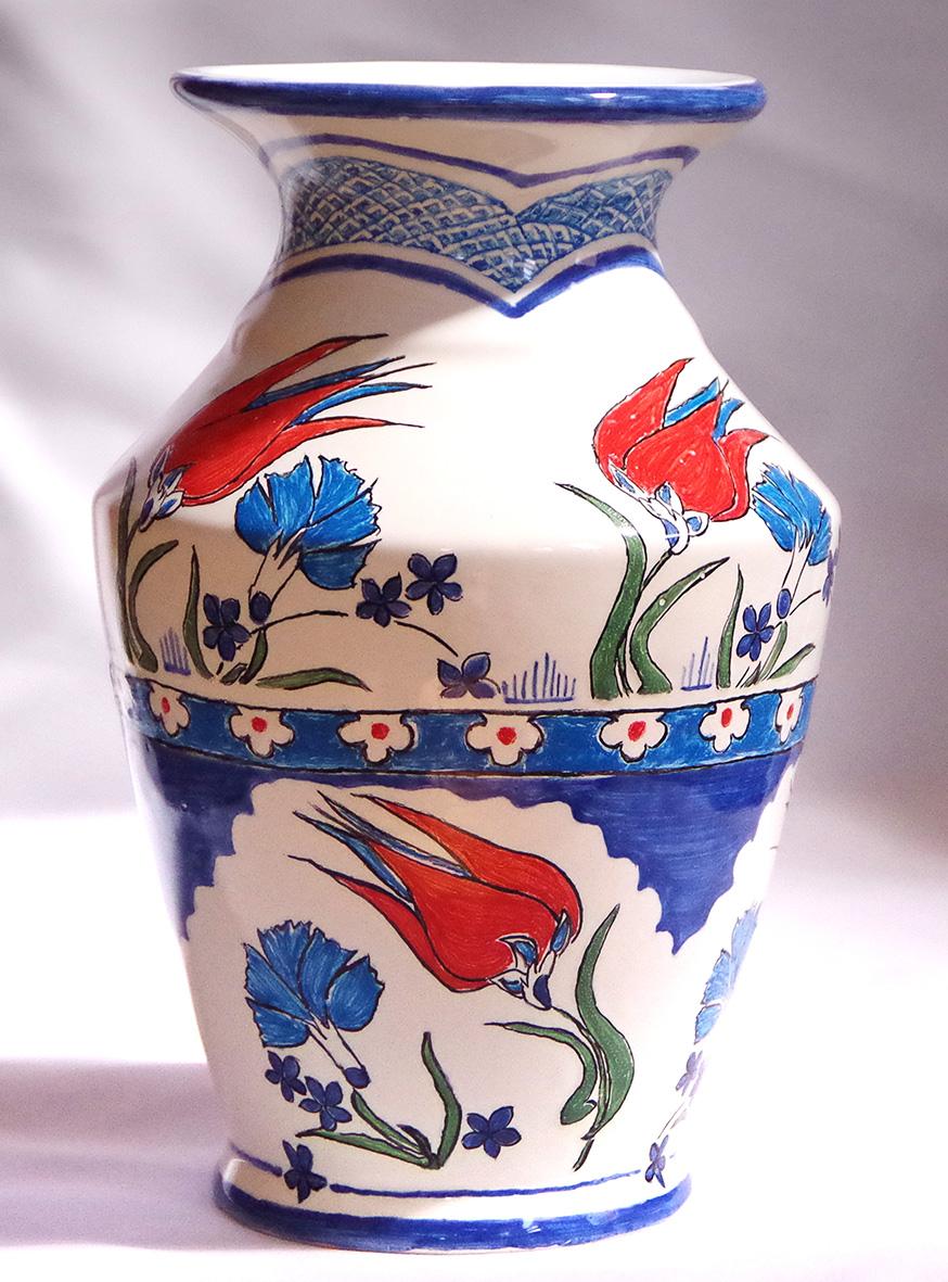 トルコ風デザインの花瓶画像