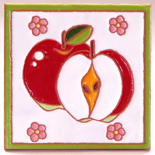 絵タイル「アップル」100×100mmの画像