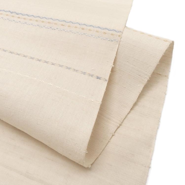 横山恵 「三才山紬 横段と浮織の着尺 千成堂別注」 白磁地(薄いグレージュ)に薄藍色画像