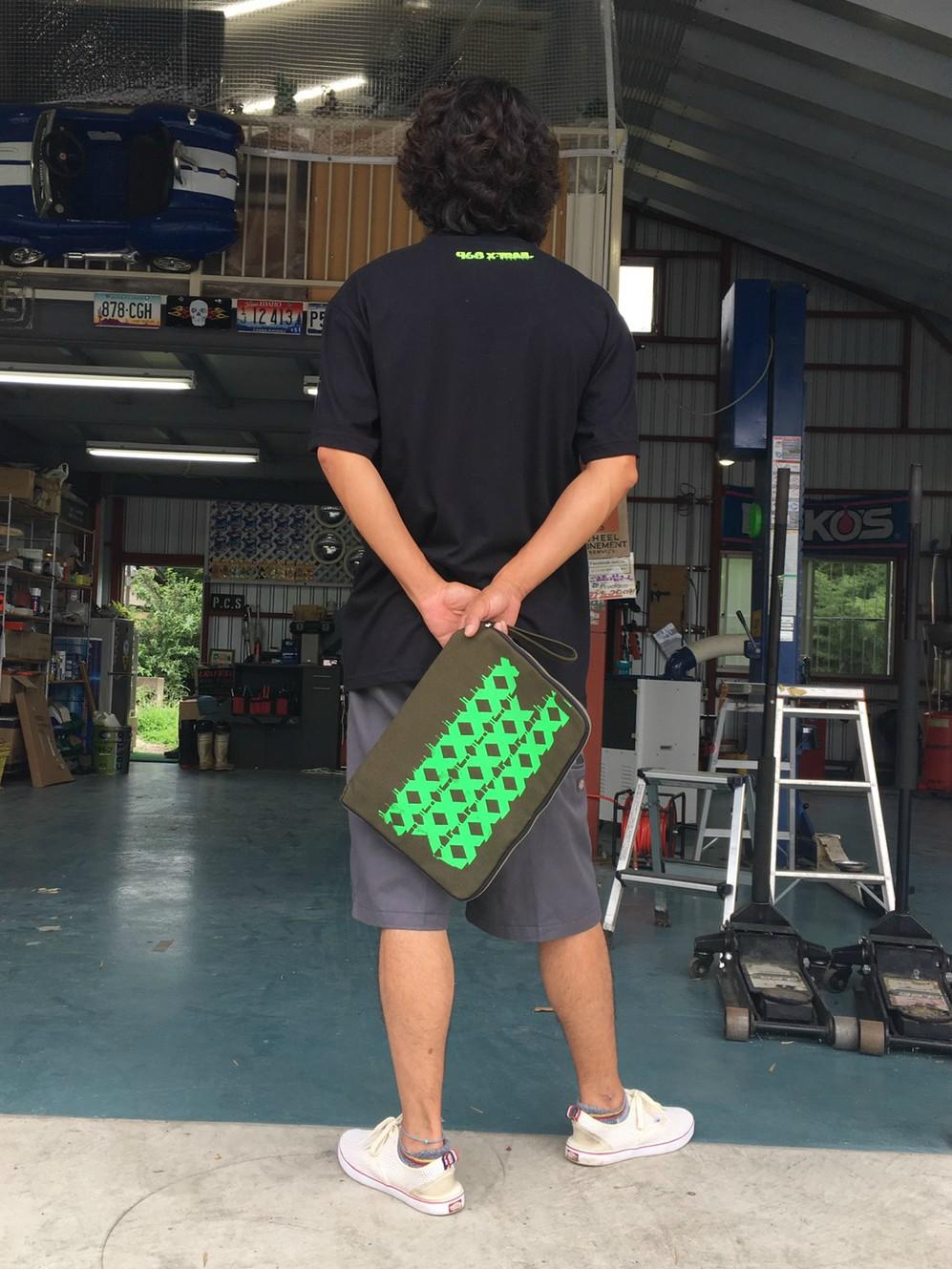 968MOTORING 小野島聡 デザイン 渡邊里詩亜 カスタムラボオンラインショップ