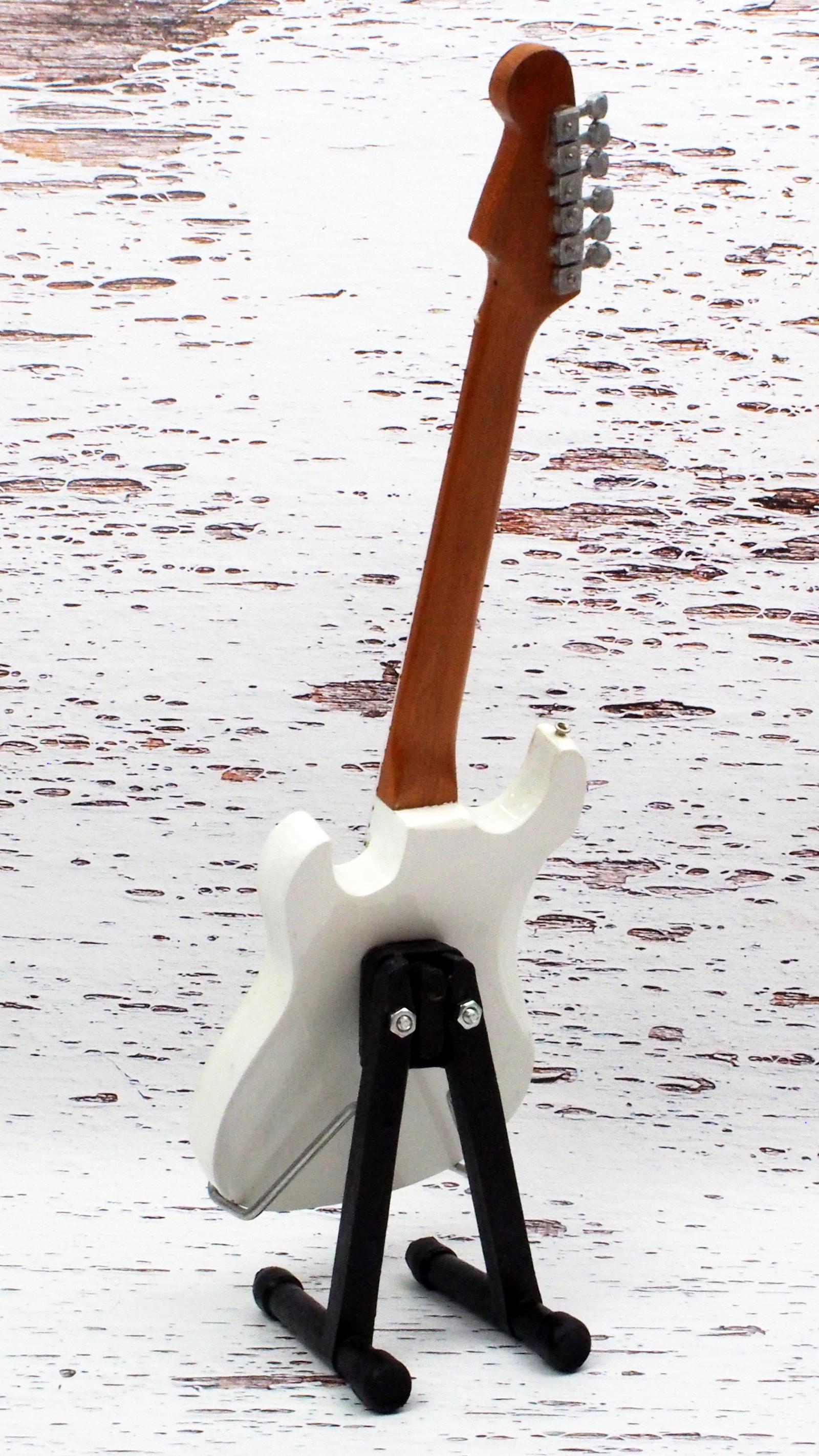 E-Model ミニチュア ギター エリック クラプトン クラッシュ 3 スタイル画像